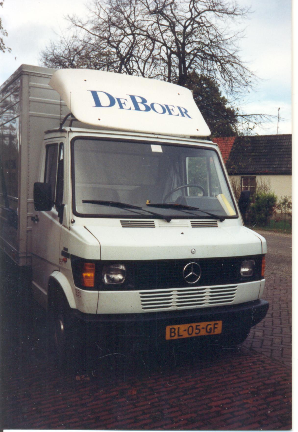 1983 mercedes benz 307d van kooy for Mercedes benz 309d
